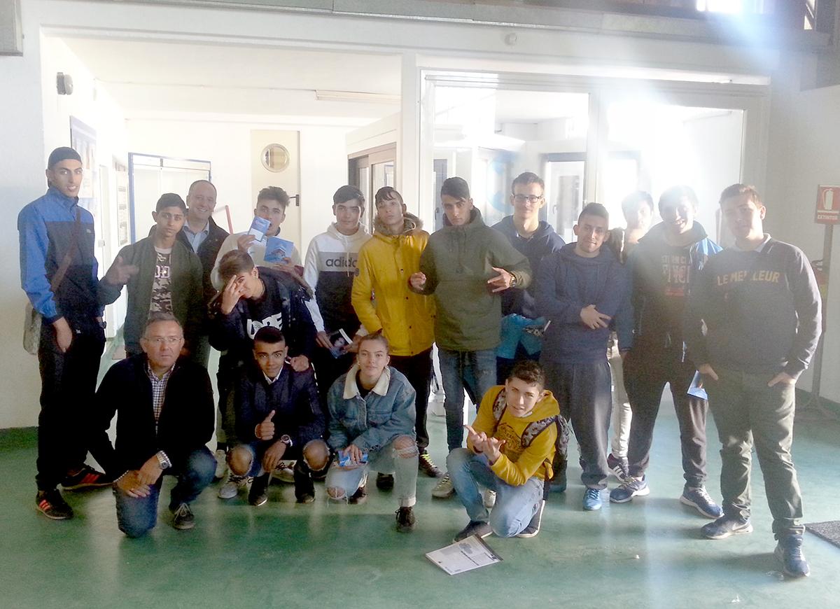 Visita a Alupán de alumnos de carpintería de aluminio