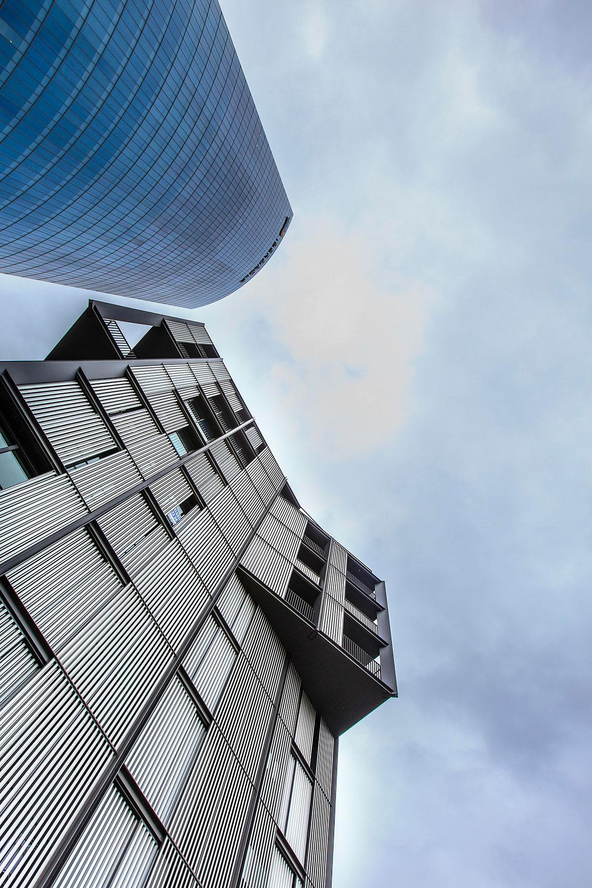 Galeria Edificio de Viviendas en la Ría de Bilbao, Bilbao - 1 ?>