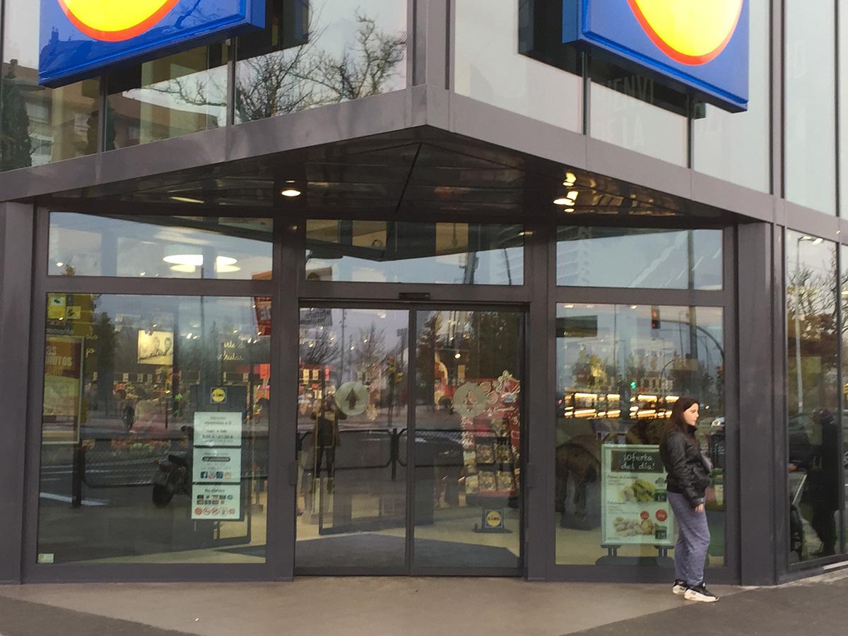 Galeria Supermercado LIDL, Almozara, Zaragoza - 1 ?>