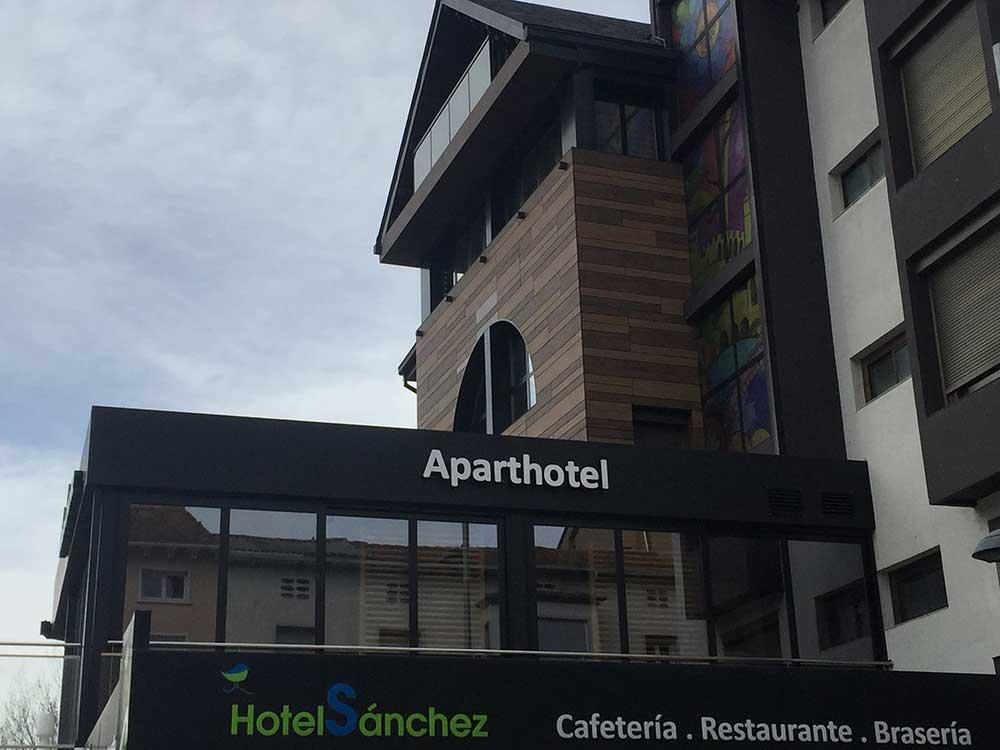 Galeria Hotel Sánchez en Ainsa, Huesca - 4 ?>